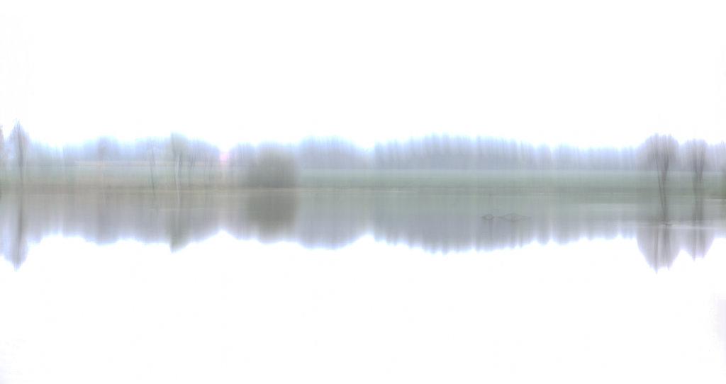 Flussufer 9717